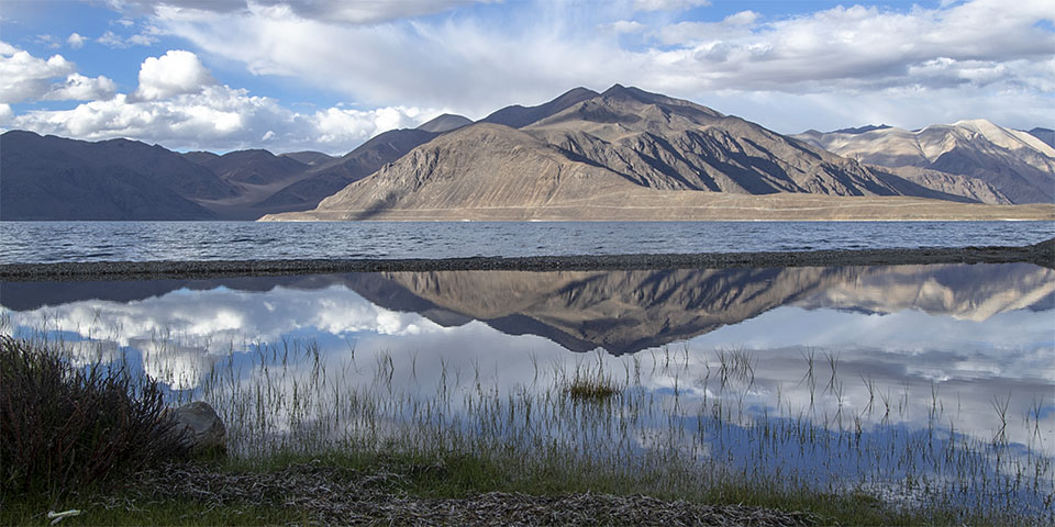 Mesmerising Pangong Lake in Ladakh